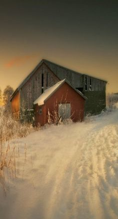 Farm: Down on the Barn and farm shed in winter snow. Farm Barn, Old Farm, Country Barns, Country Roads, Country Living, Barn Pictures, Barns Sheds, Cottage, Country Scenes