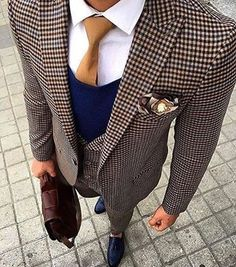 Dapper up for the day in a brown gingham wool blazer and brown gingham wool dress pants. Let's make a bit more effort now and add navy leather tassel loafers to the mix. Der Gentleman, Gentleman Style, Inspiration Mode, Dapper Men, Suit And Tie, Well Dressed Men, Cool Suits, Mens Suits, Men Dress