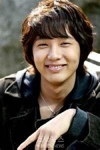 Ji Hyun Woo (A Thousand Kisses, Queen In Hyun's Man, Troy Lovers)