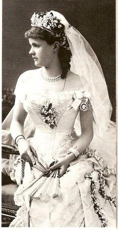Wedding gown - Helen of Waldeck Pyrmont, 1882