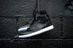 size 40 beee8 7f2ab Air Jordan 1 Mid Nouveau - Anthracite White Air Jordan 3, Streetwear,  Herrkostymer
