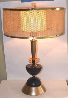 Mid Century Modern Table Lamp With Original Shade