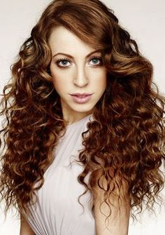 Long Wavy Hair With Side Bangs - Sophisticated Long Hairstyles with Side Swept Bangs Curly Hair With Bangs, Long Curly Hair, Long Hair Cuts, Curly Perm, Perm Hair, Ringlets Hair, Hot Hair Styles, Curly Hair Styles, Permed Hairstyles
