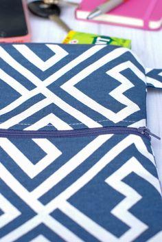 Cross body miniature bag