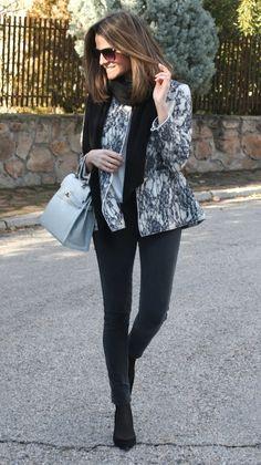 Fashion and Style Blog / Blog de Moda . Post: Another Jacket On Sale... / Otra Chaqueta de Rebajas... See more/ Más fotos en : http://www.ohmylooks.com/?p=9801 by Silvia