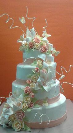 Gorgeous wedding ivory