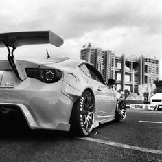 Scion FRS.  Awesome photo - I LOVE this.