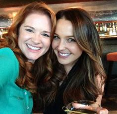 Sarah Drew and Camilla Luddington. Greys Anatomy Jo, Greys Anatomy Spoilers, Greys Anatomy April, Grey Anatomy Season 10, Sarah Drew, Camilla Luddington, Grey's Anatomy Tv Show, Lexie Grey, Cristina Yang