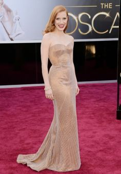 Jessica Chastain in Armani Prive 2013 Academy Awards Best Dressed | theglitterguide.com