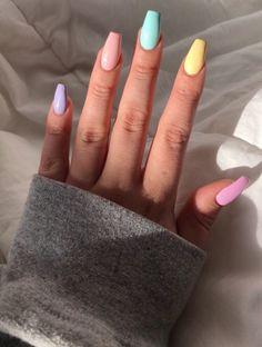 nails pink and white . nails pink and black . nails pink and gold . nails pink and blue Acrylic Nails Natural, Acrylic Nails Coffin Short, Simple Acrylic Nails, Summer Acrylic Nails, Best Acrylic Nails, Acrylic Nail Designs, Coffin Nails, Acrylic Nails Pastel, Spring Nails