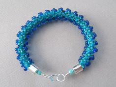 Turquesa azul pulsera Kumihimo por NoGlitzNoGlory en Etsy