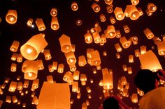 Loy Krathong 2010 - Canvas of Light ~ Travel Photography by Daniel Nahabedian