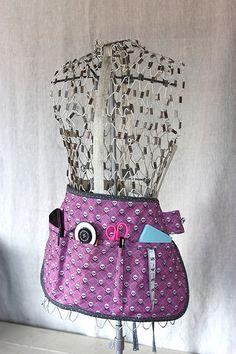 One Yard Wonders Sew Along – Week 14 Finished Projects Easy Sewing Projects, Cool Diy Projects, Sewing Crafts, Sewing Ideas, Sewing Tools, Fabric Crafts, Yard Art Crafts, Garden Crafts, Yard Games For Kids