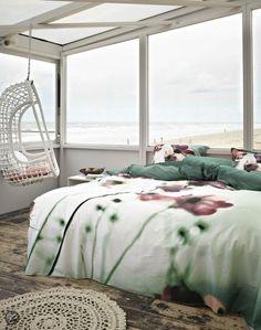 Slapen op het strand! #beach #bedroom