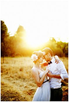 Tips For Planning The Perfect Wedding Day. A wedding should be a joyous occasion for everyone involved. The tips you are about to read are essential for planning and executing a wedding that is both Perfect Wedding, Dream Wedding, Wedding Day, Quirky Wedding, Wedding Shot, Farm Wedding, Wedding Season, Spring Wedding, Wedding Stuff