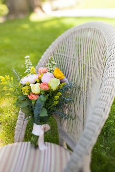 Gorgeous flowers by Allium Floral Design   Juliana Laury Photography   Philadelphia and Bucks County Wedding Photography