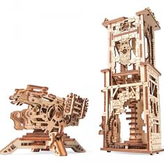 Devenez un véritable conquérant ! Montez une tour et une arbalète en bois ! 292 pièces à monter Assemblage 6 heures environ Notice de montage très détaillée #wood #bois #jeu #game #construction #medieval #moyenage #arbalete #tour