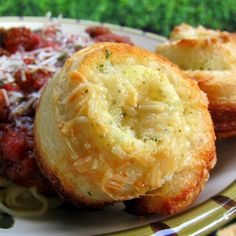 Garlic Roll Cupcakes (make in a muffin tin and use canned biscuits.