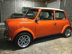 American Graffiti, Harrison Ford, Classic Mini, Classic Cars, Mini Morris, Mini Clubman, Mini Cooper S, Small Cars, Retro Cars