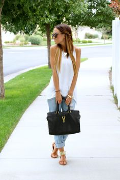 LOVE THE NECKLACE, THE HAIR, BAG, SANDALS