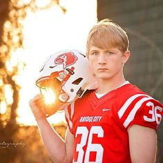 Another #bridgecity #senior. I was able to catch the sunset at the perfect time…