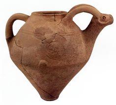 "Hittite, ""royal sing"" stamped teapots, Kültepe- Kaniş, 1800-1735 BC"