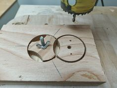Make perfect star knobs with the help of a simple jig