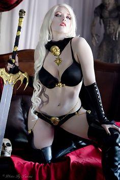 Lady Death cosplay by Toni Darling  https://www.facebook.com/tonidarlingAZ  (vivolatino.com pinterest)