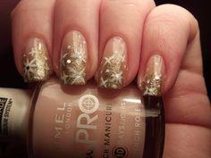 Amazing Gold Nail Designs