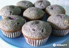 Meggyes-mákos muffin Cake Cookies, Cupcakes, Dessert Cake Recipes, Cookie Cups, Health Eating, Winter Food, A 17, Nutella, Muffins