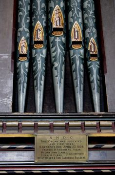 "https://flic.kr/p/9tM5XU | Thriplow organ pipes | The beautifully decorated organ pipes in St George's church in Thriplow.    The plaque reads: ""AMDG This organ was dedicated and first used S George's Day, April 23, 1908. Francis B Sandberg, Vicar William John Clark, Lilla A Clark, Churchwardens Messrs Miller & Son, Cambridge, Builders"""