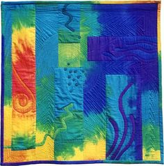 Ocean Flame, 2001, hand-dyed cotton homespun, cotton batting, Polyester thread;, machine appliqué, free-form machine quilting; 1300 mm X 1300 mm, in private collection
