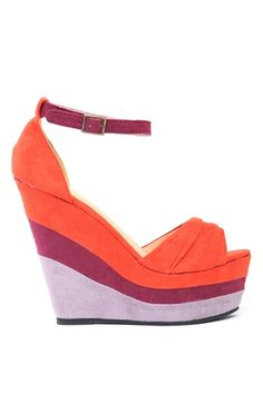 love bright wedges right now!