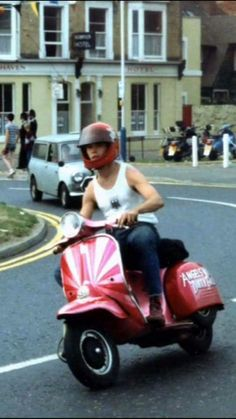 80′s scooter boy on the move…. - All things Lambretta & Vespa
