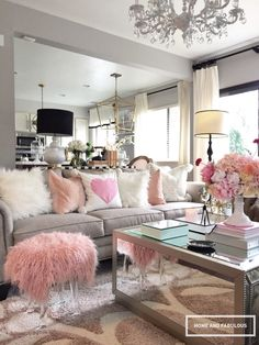 Isn't this pink furry bench is perfect for Valentines Day! Don't worry, you can still use it after V Day It's that fabulous!