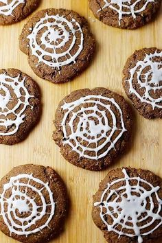 These Chocolate Spider Web Cookies may look like a trick, but they sure are a treat! Gluten and dairy free chocolate cookies get a Halloween makeover with frosting spider webs. Halloween Deserts Recipes, Candy Recipes, Gluten Free Sugar Cookies, Gluten Free Cookie Recipes, Classic Chocolate Chip Cookies Recipe, Chocolate Cookies, Dairy Free Chocolate, Chocolate Recipes, Chocolate Spiders