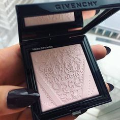 Givenchy powder                                                                                                                                                     More