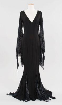 THE BLACK WARDROBE's blog: Morticia Addams' dress