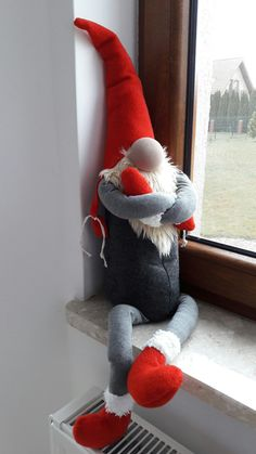 Best 11 Instructions on how to make a few different nisse – AmigurumiHouse – SkillOfKing. Scandinavian Christmas Ornaments, Scandinavian Gnomes, Handmade Christmas Decorations, Holiday Decor, Christmas Gnome, Christmas Makes, All Things Christmas, Christmas Crafts, Cross Crafts