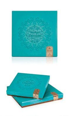 パッケージデザインvol.14 参考になる優れたパッケージ/プロダクトデザイン20をご紹介(金曜日企画) Luxury Packaging, Brand Packaging, Box Packaging, Chocolate Biscuits, Chocolate Box, Sweet Box Design, Biscuits Packaging, Chocolate Packaging, Package Design