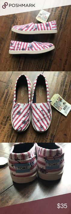 TOMS Nautical print Youth size 3 New with tags Toms Shoes Sneakers