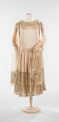 Vestido de noche, Cámara de Lanvin, Diseñador de Jeanne Lanvin, otoño / invierno 1923-1924, francés, seda y metal