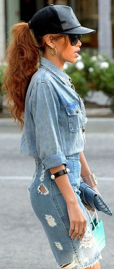 Only person I know who can actually tick a Canadian tuxedo so damn well.