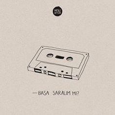 Bazen kendini 90'ların en güzel aşk şarkılarıyla hazırlanmış bir karışık kaset gibi hissedersin. #HisliŞeyler Minimal Wallpaper, Studyblr, Textiles, Motto, Cool Words, Karma, Slogan, Quotations, Writer