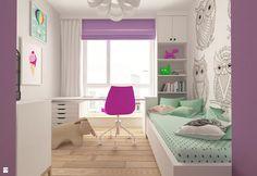 Pokój dziecka. Różowo-biały z sowami na ścianie. W końcu sowy to znak mądrości.. Może zachęci do nauki?;)  Zdjęcie od design me too