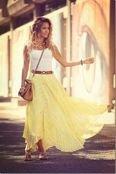 Yellow maxi, white top, belt and sandals... love