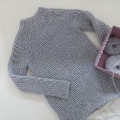 LOTILDA Raglan Strickkleid im Halbpatent aus Lamana Bergamo und Lang Yarns Lusso