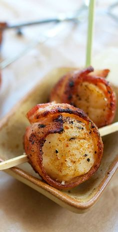Grilled Bacon-Wrapped Scallops ~ scallops wrapped with bacon on bamboo skewers and grilled to crispy goodness. An amazing appetizer for parties! rasamalaysia.com