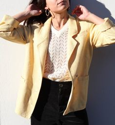 Yellow jaquard blazer