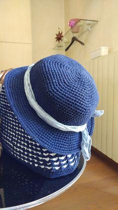 30 Fantastiche Immagini Su Cappelli All Uncinetto Cappelli All